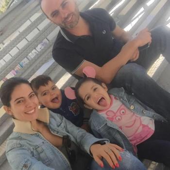 Família Amadora: Trabalho de babysitting Catarina