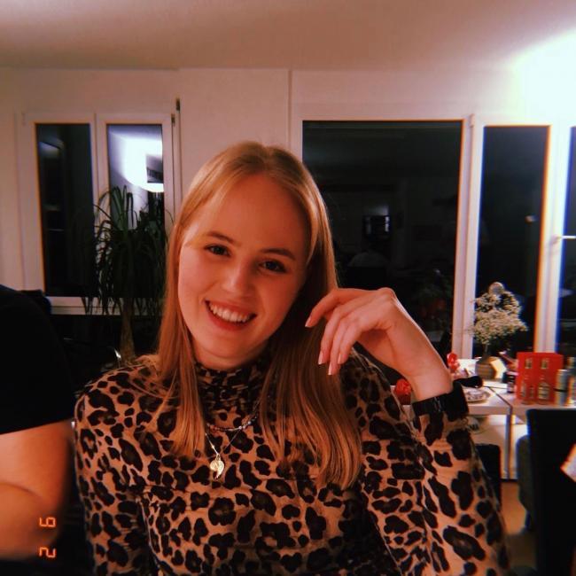 Babysitter in Bern: Isabel