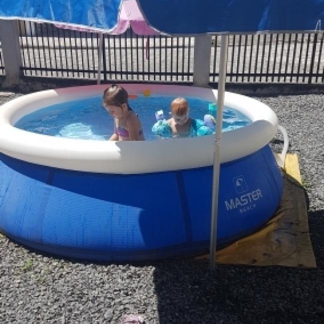 Emprego de babá em Blumenau: Raquel
