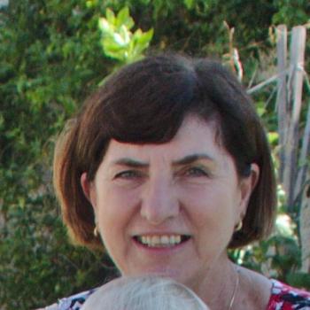 Nanny Wollongong: Carolyn