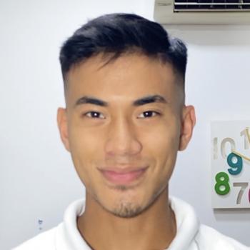 Babysitter Singapore: Ernie