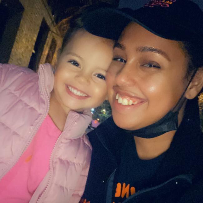 Babysitting job in Staten Island: Edelmira