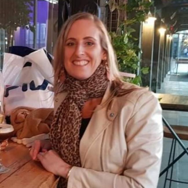 Babysitter in Brisbane: Beth