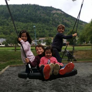 Job de garde d'enfants à Vielle-Louron: job de garde d'enfants Qian