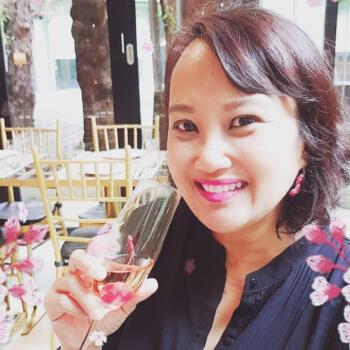 Babysitters in Singapore: Nanako