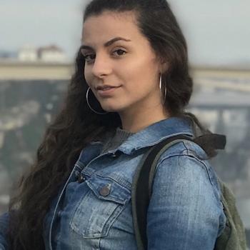 Babysitter in Aveiro: Laura