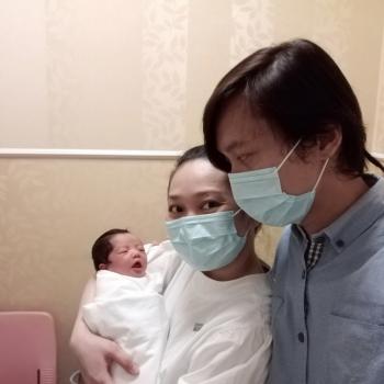 Babysitting job in Singapore: babysitting job Kayvin