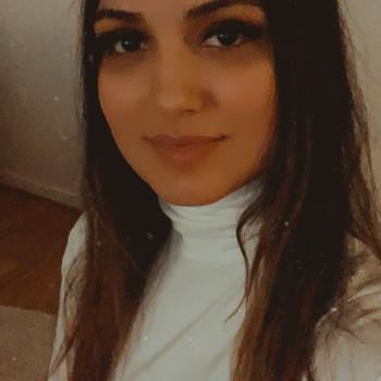 Barnvakt Halmstad: Aziza