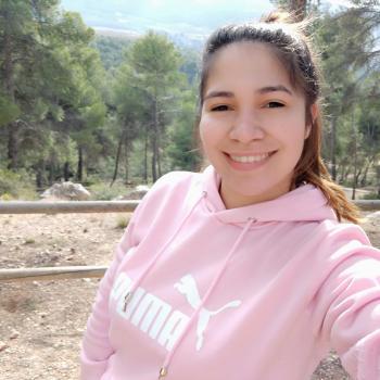 Canguros en San Vicente del Raspeig: Yovanna