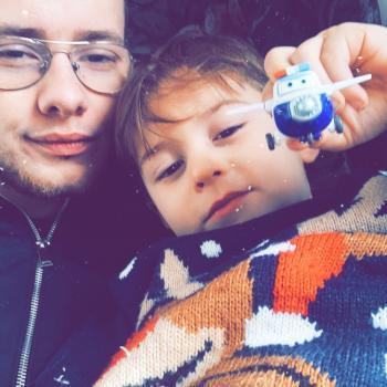 Baby-sitter in Arras: Charles edmond