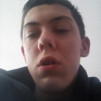 Babysitter Dukinfield: Thomas