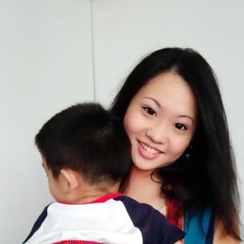 Babysitter Singapore: Elena