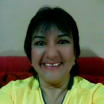 Babysitter in Maipú: Monica