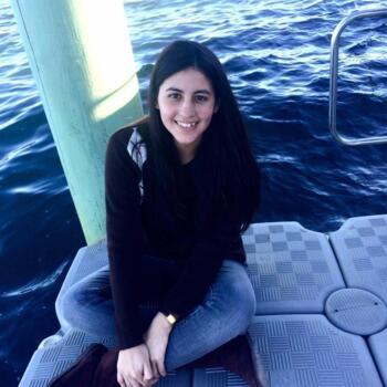 Babysitter in Antofagasta: Valeria