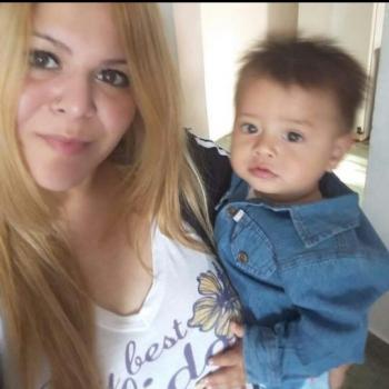 Babysitter Laferrere: Carolina