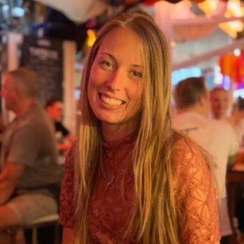 Oppas Den Haag: Sharona