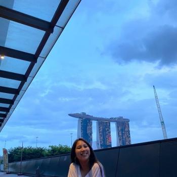 Babysitter in Singapore: Schermaine