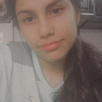 Babysitter in Barrancabermeja: Valentina