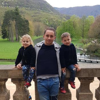 Demandeur d'assistante maternelle Meylan: job de garde d'enfants Vincenzo