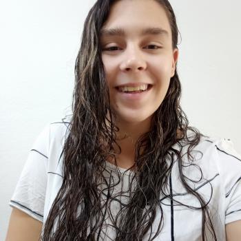Babysitting Jobs in Uberlândia: babysitting job Izabela