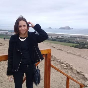 Babysitter Madrid: Nicole