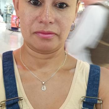 Niñera Bello: Patricia