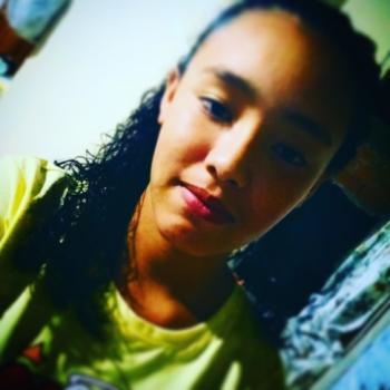 Babysitter in Guarapuava: Bianca