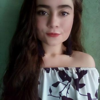 Niñera Desamparados: Nicolle