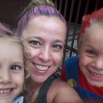 Trabalho de babysitting Lisboa: Trabalho de babysitting Claudia