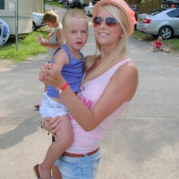 Babysitter Herenthout: Valerie