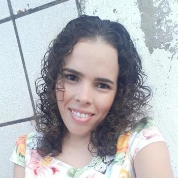 Babá em Fortaleza: Krysna