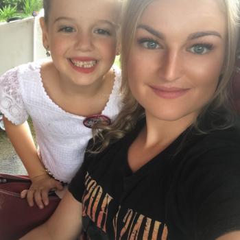 Babysitter Gold Coast: Nichole
