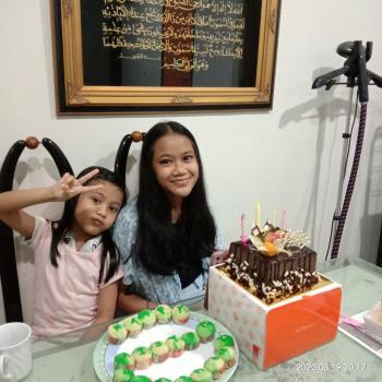 Babysitters in Singapore: Norain